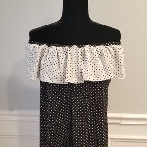 Ultra Cute Off or On Sholder Blouse (Never Worn)♡